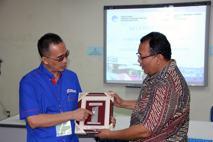 "Kunjungan Kelompok Informasi Malaysia (K1M) ke Kampus STMM ""MMTC"""
