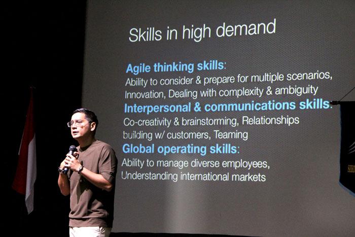 Putra Nababan : To be Talent! Jangan Sekedar Dapat Pekerjaan -Seminar Talent Indonesia Career Expo Idtalent-STMM