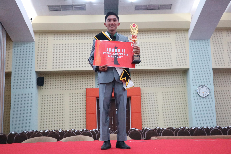 Raih Juara II  Putra Kampus DIY,   Fajri Rizki Munif (Prodi Manarita) Makin Percaya Diri