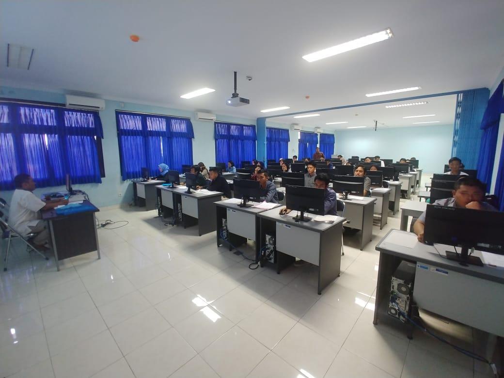 Total Hampir 6000 Pendaftar, Hanya Separo Peserta Lolos Verifikasi Ikuti Seleksi Penerimaan Mahasiswa Baru Tahun Akademik 2019-2020