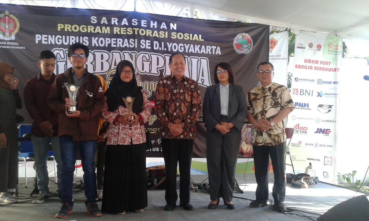Prestasi Mahasiswa :  NurdinArba (Prodi  MIK) Raih Juara  II Lomba Karya Tulis  HUT Koperasi ke-72 Prov.  DIY