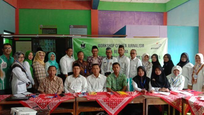 Pengabdian Kepada Masyarakat :  Prodi Manajemen Produksi Pemberitaan (Manarita) STMM Berikan   Workshop Citizen Journalism di Kec.  Tengaran, Salatiga