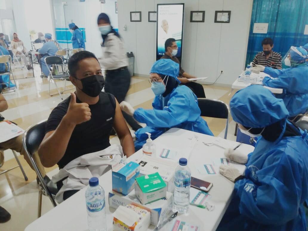 STMM Laksanakan Vaksinasi Covid-19 bagi Dosen dan Tenaga Kependidikan